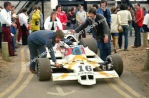 Arrows A1B Rupert Keegan Mallory Park paddock Aurora 1979 photo(a)